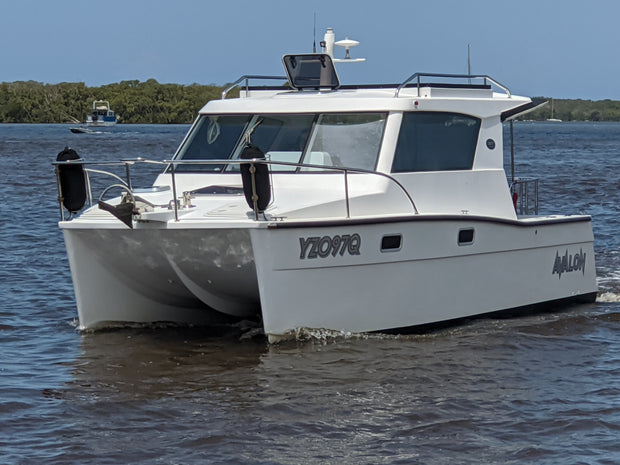 Dan Leech L825 Power Catamaran | Avalon
