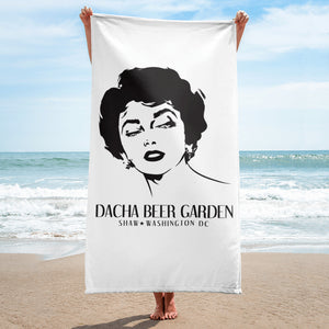 Bring Dacha to the Beach
