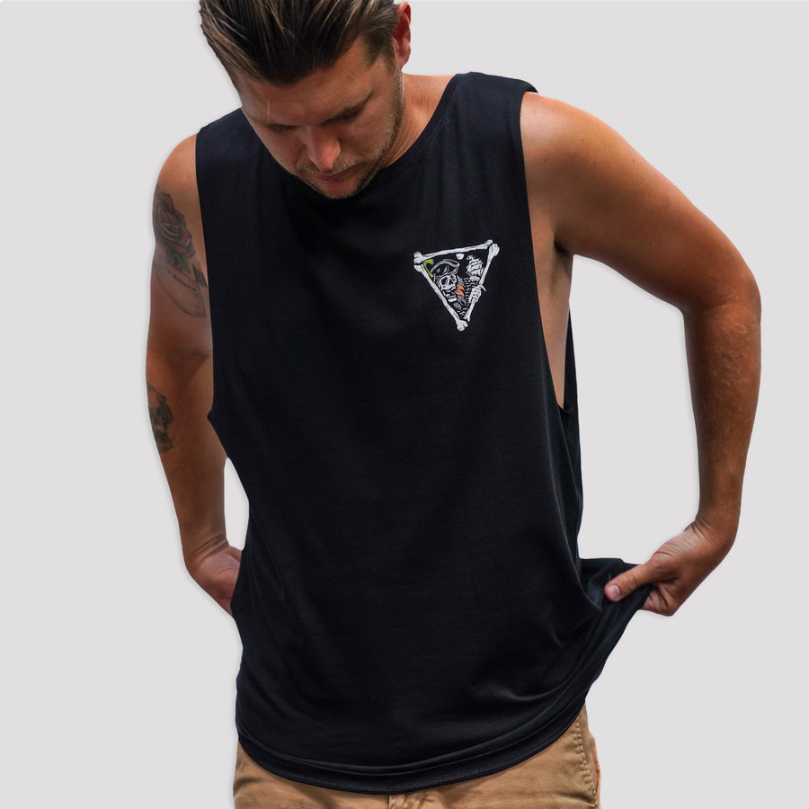 BERMUDA CUT OFF TEE