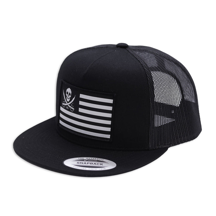FLAGGED TRUCKER - BLACK