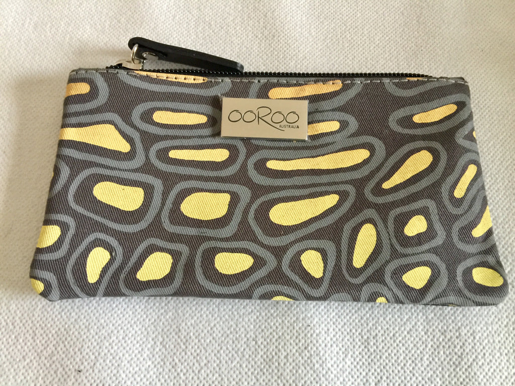 Lilly Purse featuring crocodile Skin by Aboriginal artist Aaron McTaggart, Merrepen Arts