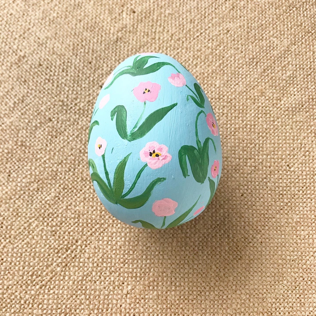 Two-Tone Tulip Easter Egg