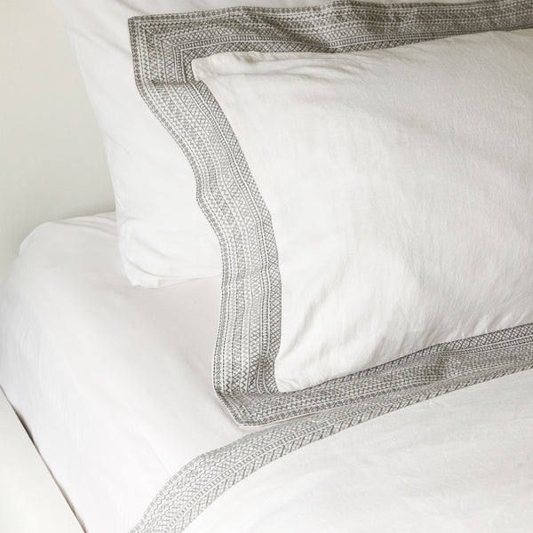 Paloma Duvet Cover in Fog