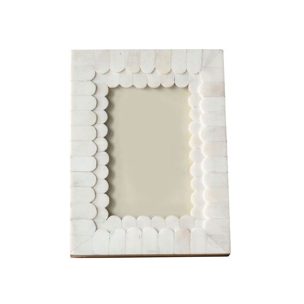 Scalloped Bone Frame