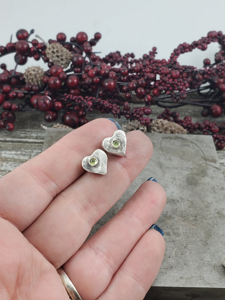 Peridot Post Heart Earrings - WOOD BISON METAL