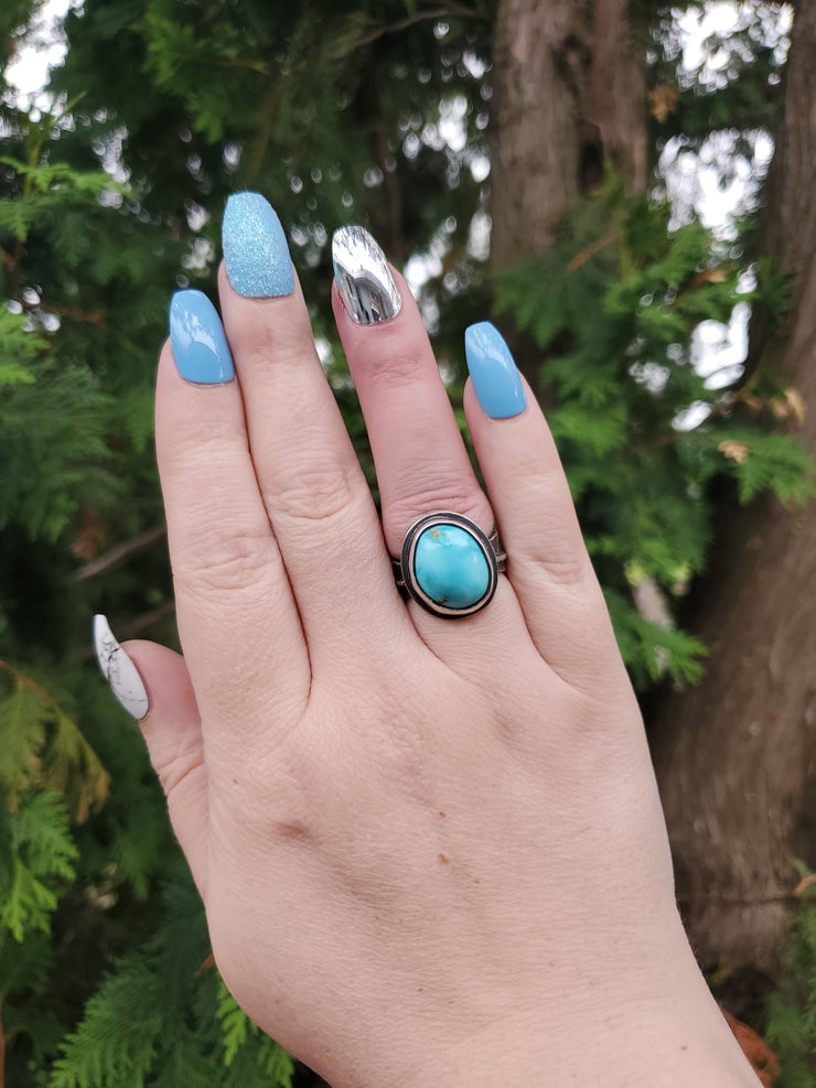 Blue Moon Turquoise Leaf Ring Size 6 - WOOD BISON METAL