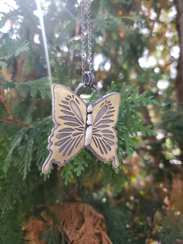 Monarch Necklace - WOOD BISON METAL