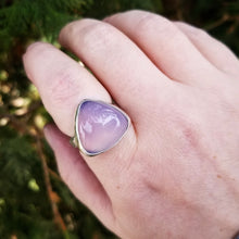 Load image into Gallery viewer, Size 8.25 Purple Chalcedony Triangle Statement Ring