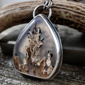 Montana Agate Dendrite Necklace