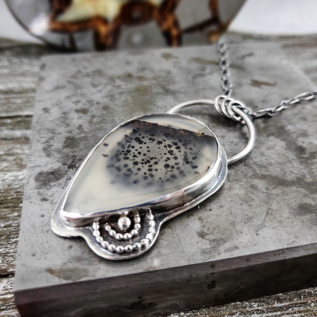 Montana Agate Clarity Pendant Necklace - WOOD BISON METAL