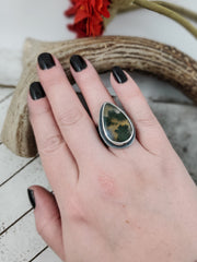 Floral Aura Flowery Band Ring #4 - WOOD BISON METAL
