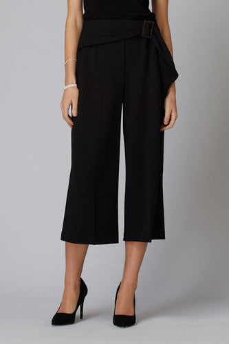 Tortoise Shell Buckle Clam Digger Length Pant
