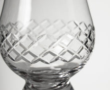 Load image into Gallery viewer, Diamond Scotch Glencairn Set