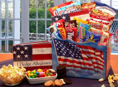 America The Beautiful Snack Gift Box (Medium) - I'm a Gift-Basket Case!