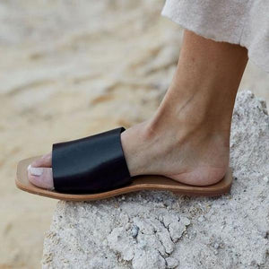 St Agni Margot Slide - Black