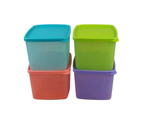 Tupperware Snowflake Medium Square Round Set of 4
