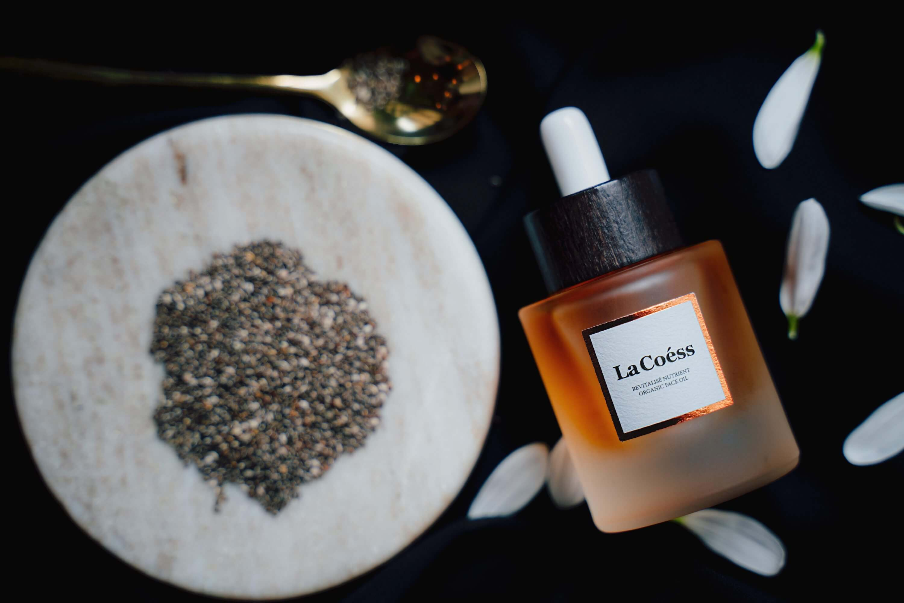 La Coess Face Oil
