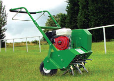 Aerator self propelled Honda 4 HP Made in Canada