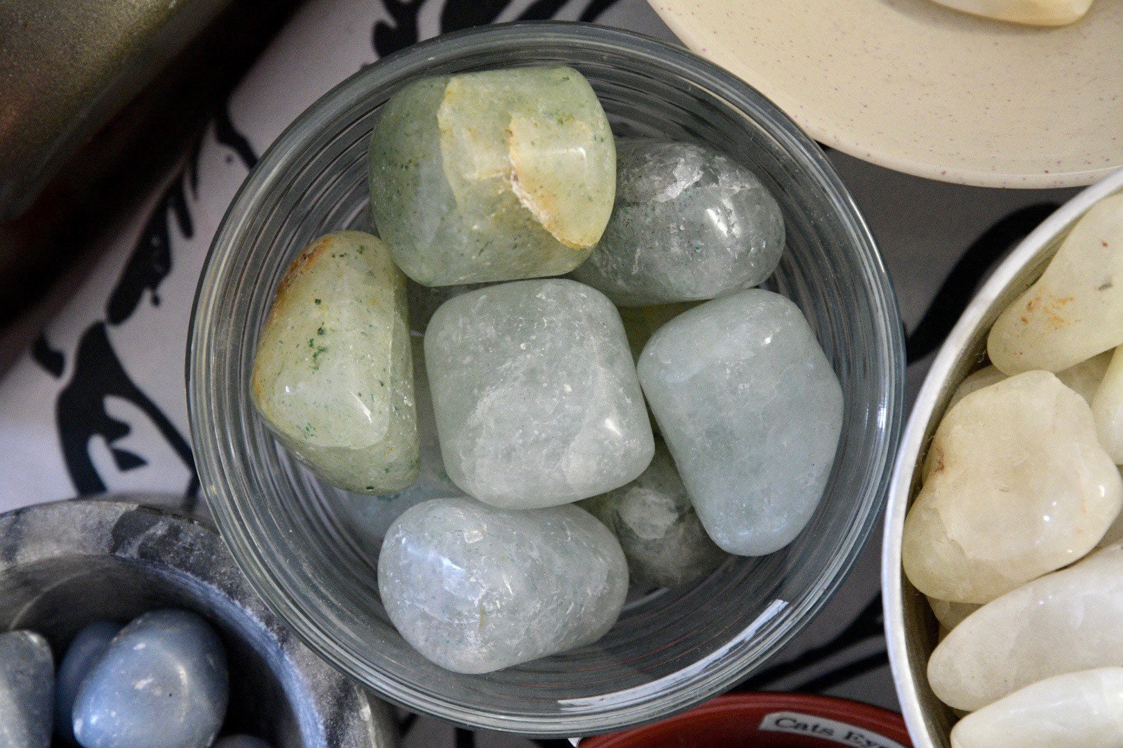 Emerald in Quartz (Tumbled)