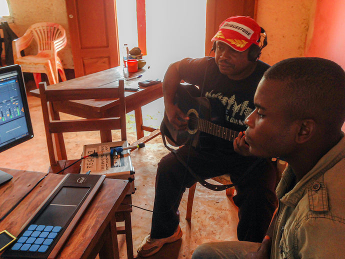 Musical immersion in Cameroon with Joué