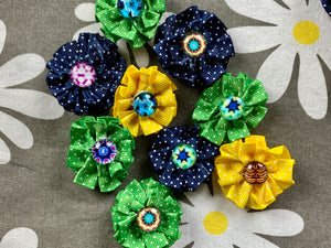 DIY fabric ribbons with buttons