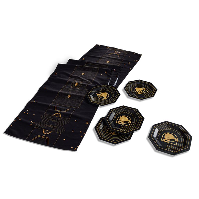 Feeling Luxe Tableware Pack (1 table runner, 10 plates)