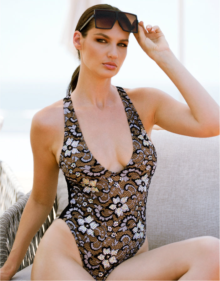 Lula One Piece Crystal Black-Grey