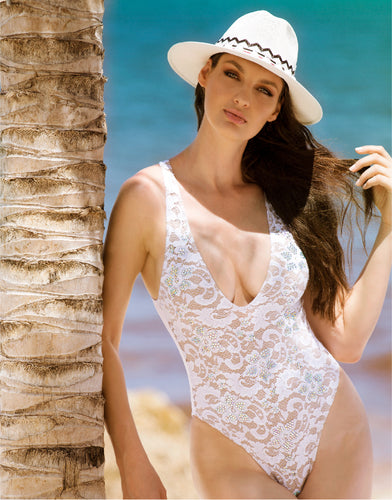 Lula One Piece Full Crystal White