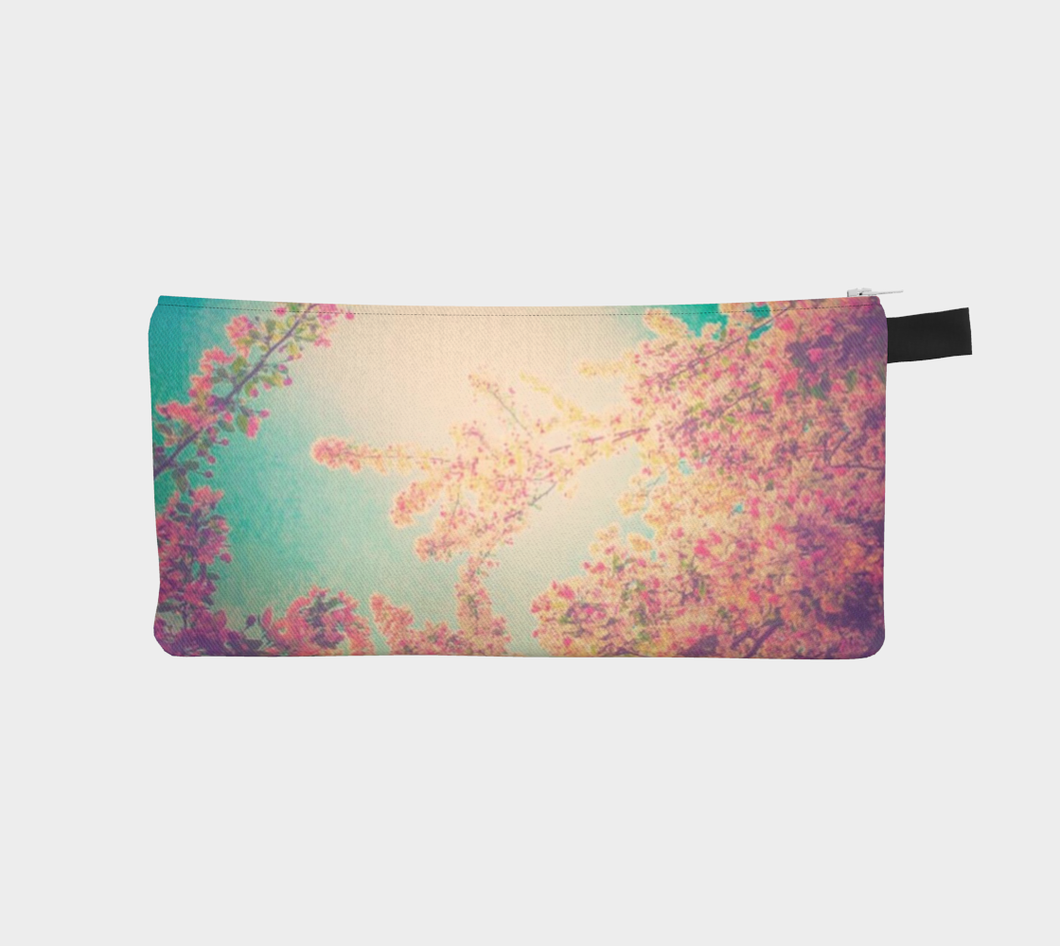 floral pencil case, pencil case with blooms