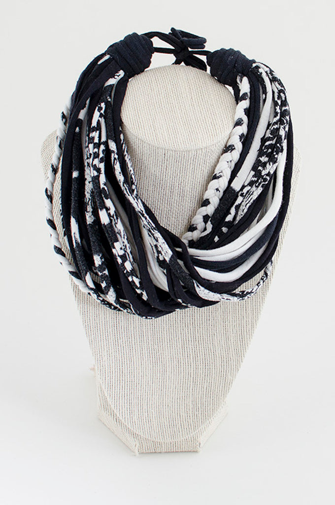 Black & white textile necklace