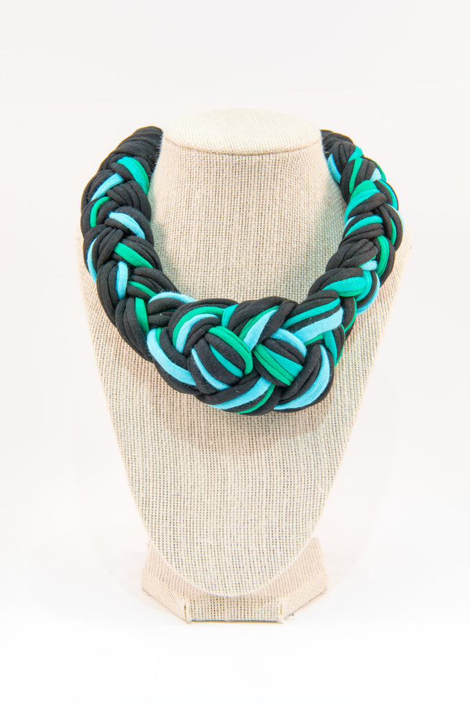 Colorful textile necklace (black & blue)