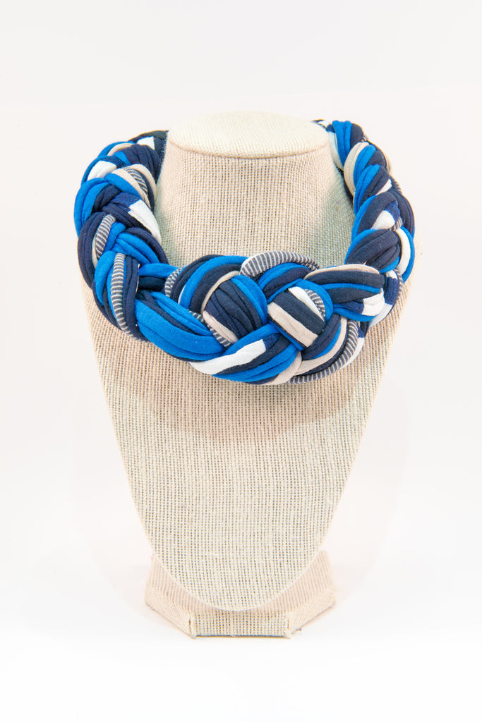 Colorful textile necklace (shades of blue)