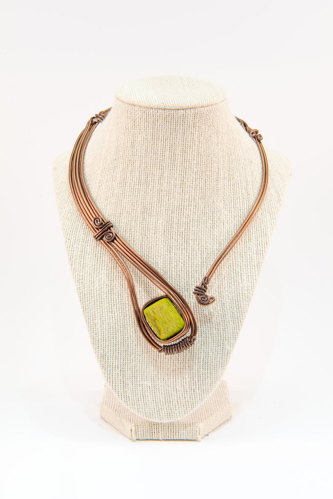 Green stone copper wire statement necklace