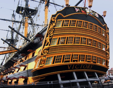 HMS Victory (425 Piece Wooden Jigsaw Puzzle)
