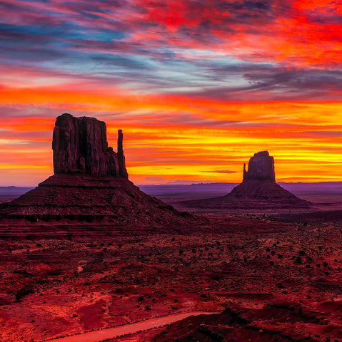 Monument Valley Sunset (181 Pieces) Wooden Jigsaw Puzzle