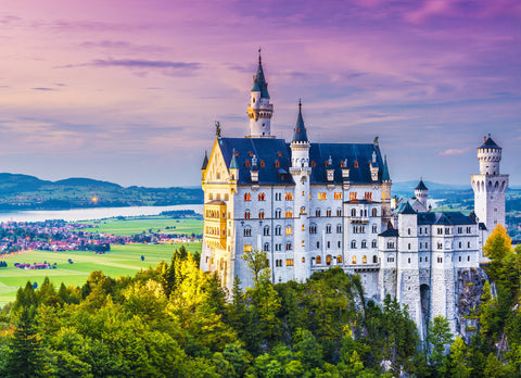Neuschwanstein Castle (428 Piece Wooden Jigsaw Puzzle)