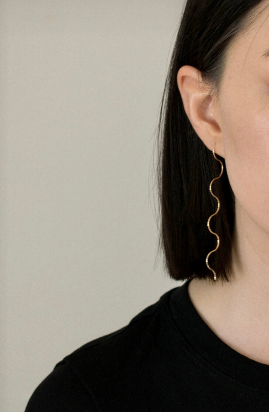 Ursula Squiggle Earrings - GrungeVogue