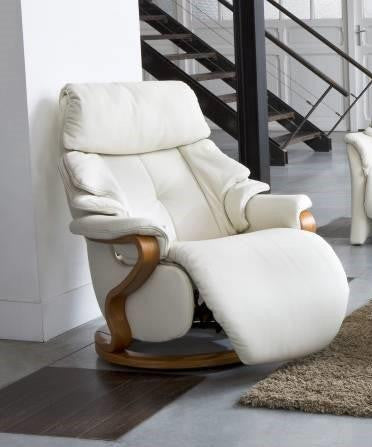 Strange Himolla Chester Recliner Chair With Integrated Footrest Caraccident5 Cool Chair Designs And Ideas Caraccident5Info