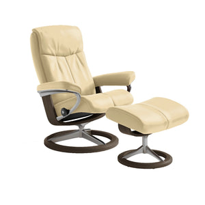 [Stressless Peace Chair with Signature Base] - ByDesignTexas.com