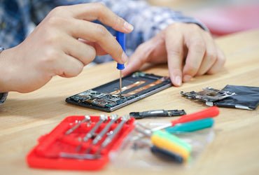 Used Tech and Gadget Repair Businesses Are Booming Right Now