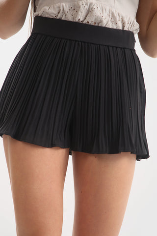 Black Pleated Shorts - Ryleigh - storm desire