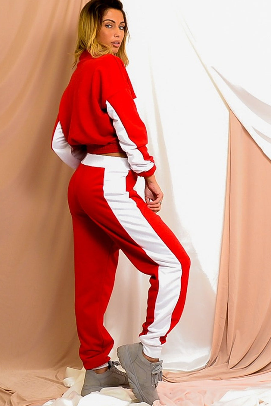 Red Contrast Panel Zip Lounge Wear Set - Amber
