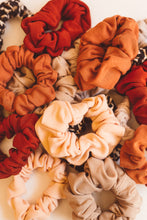 Load image into Gallery viewer, beige scrunchie