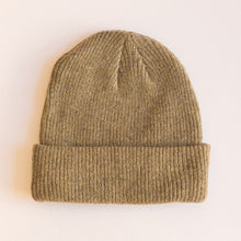 Load image into Gallery viewer, olive beanie