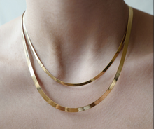 Load image into Gallery viewer, herringbone chain necklace