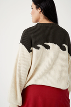 Load image into Gallery viewer, wave sweater in cement