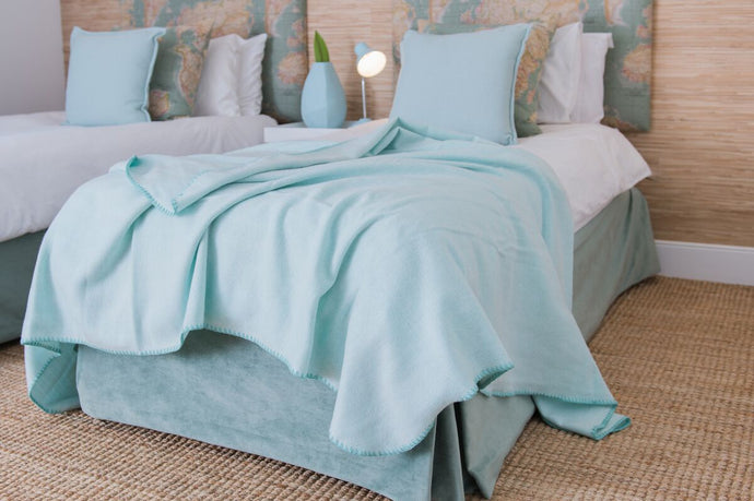 Melody Winter Herringbone Soft Touch Throw 160x220cm