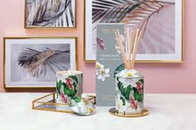 Load image into Gallery viewer, SG - Urban Botanics - Frangipani & Neroli Candle