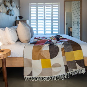 Bella Vita BauHaus Luxury Throws 150x200cm