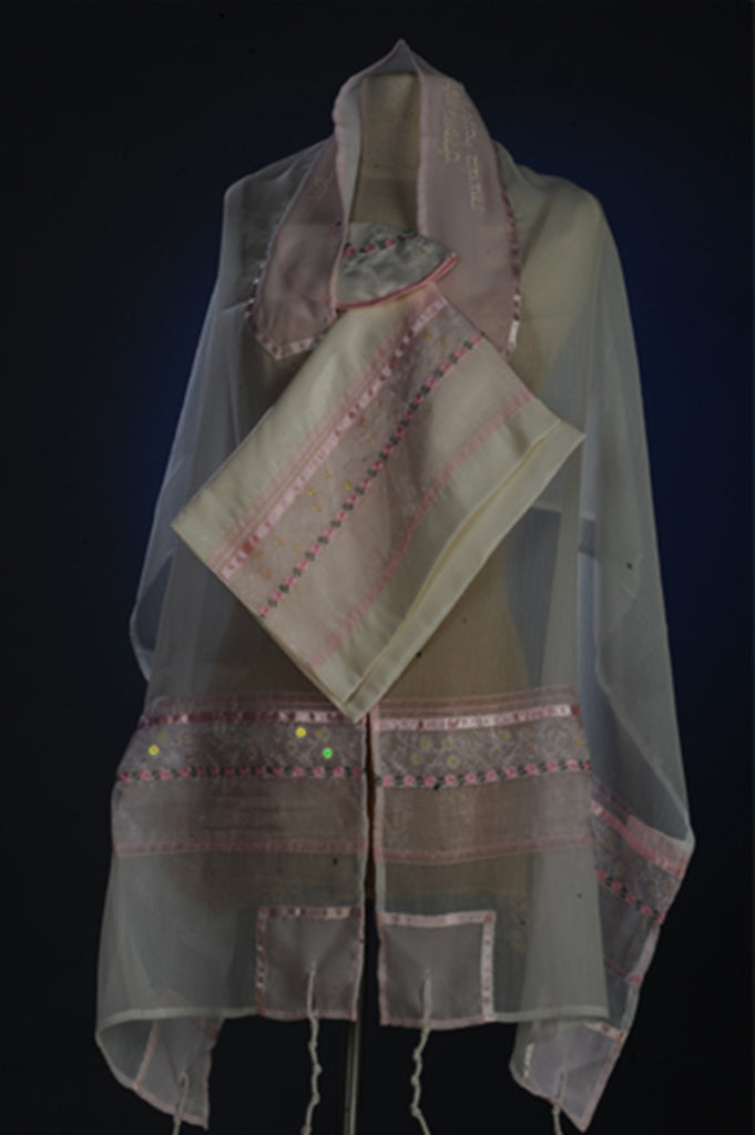Tallit ADE 10 - Pink Chiffon with Flower Decoration